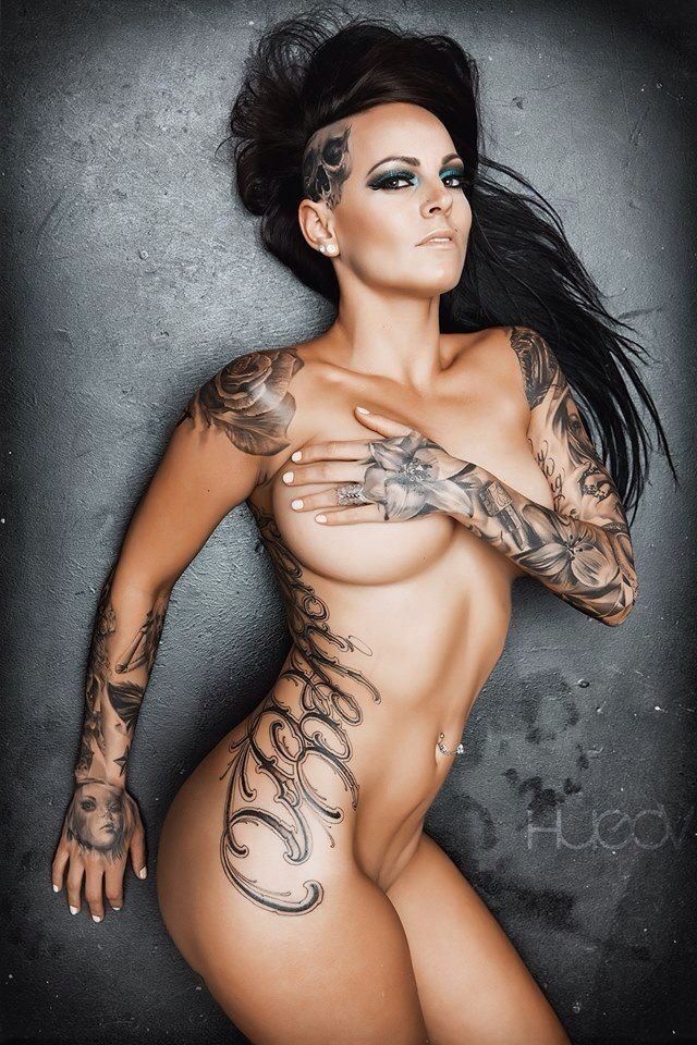 Girls With Tattoos 1 KnuckleDragger Magazine